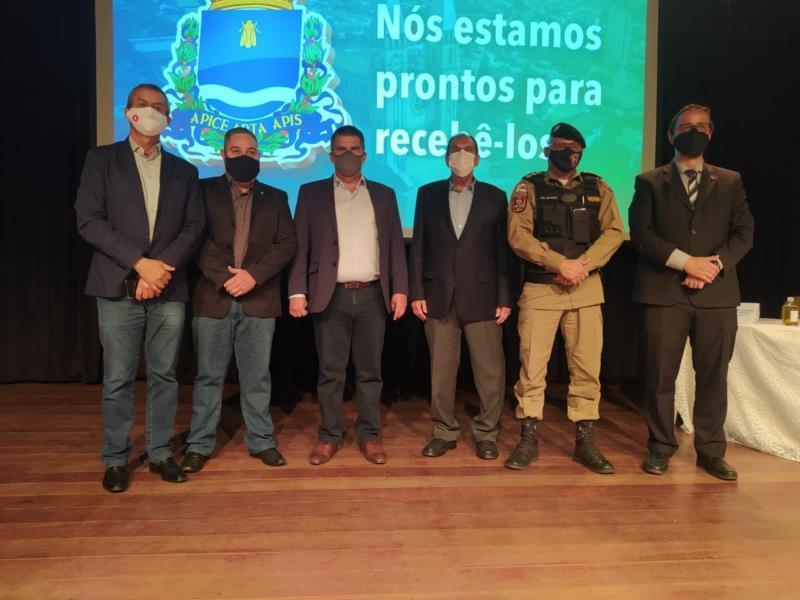 Vice-governador Paulo Brant visita Guaxupé